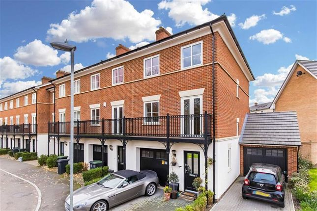Thumbnail End terrace house for sale in Mowbray Close, Epping