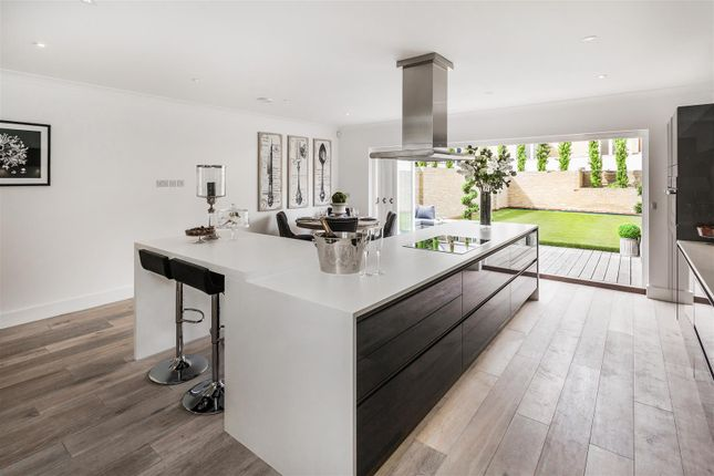 Thumbnail Town house for sale in Willowbank, Claygate Lane, Thames Ditton