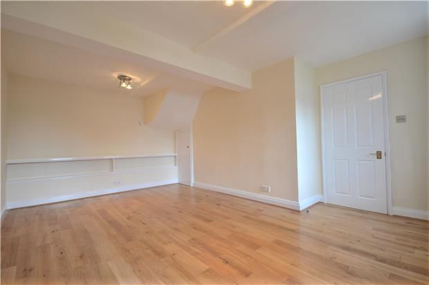 Thumbnail Terraced house to rent in Rossiter Road, Bath