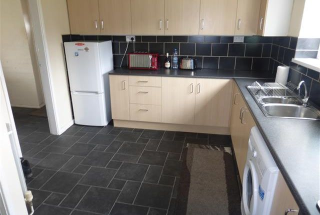 Thumbnail Property to rent in Chartley Road, West Bromwich