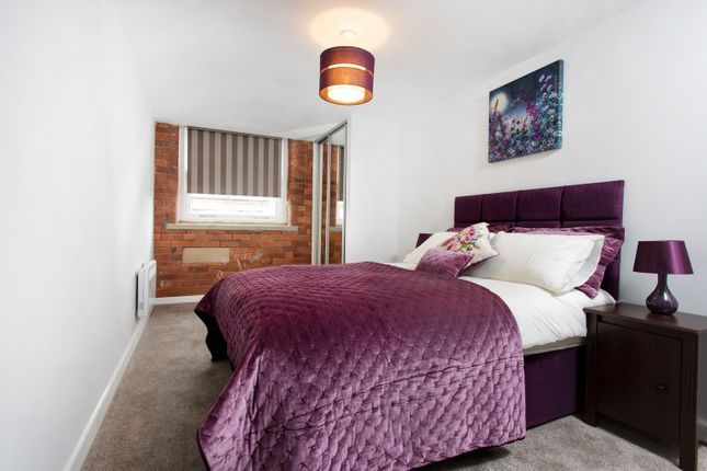 Thumbnail Flat to rent in Canal Road, Bradford