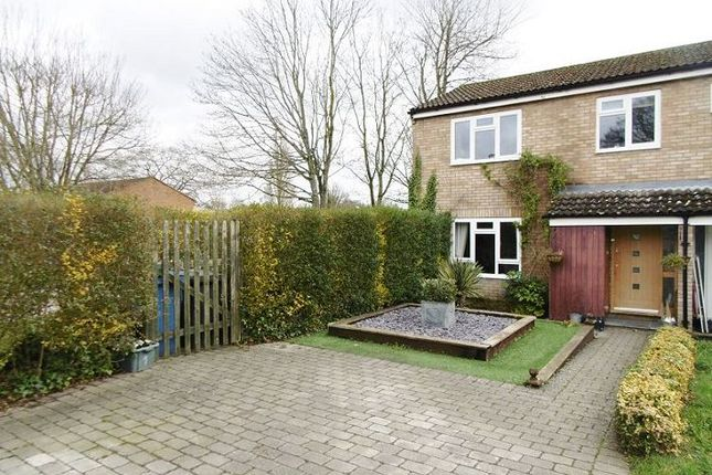 Thumbnail Semi-detached house to rent in Heathview, Hook