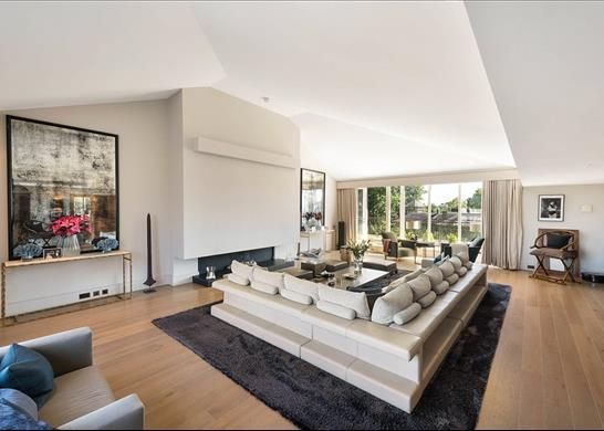 Thumbnail Flat for sale in Benham House, Chelsea, London
