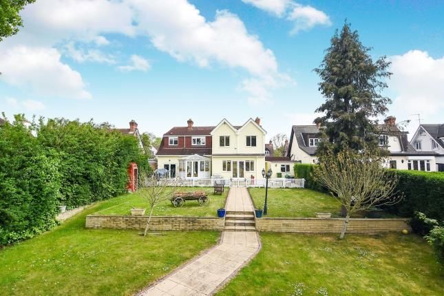 Thumbnail Bungalow for sale in Hornchurch, Romford, Havering