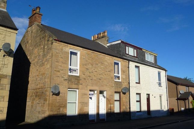 Thumbnail Flat to rent in Paris Street, Grangemouth