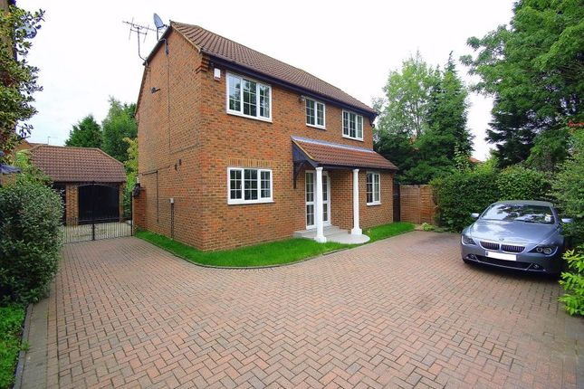 Thumbnail Detached house to rent in Thorney Mill Road, Iver, Buckinghamshire