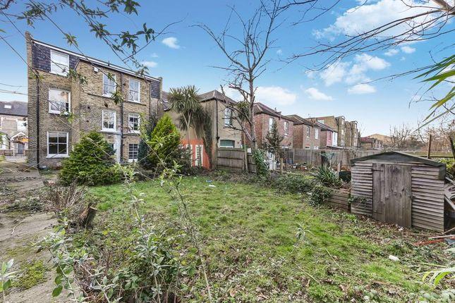 Communal Garden of Longley Road, London SW17