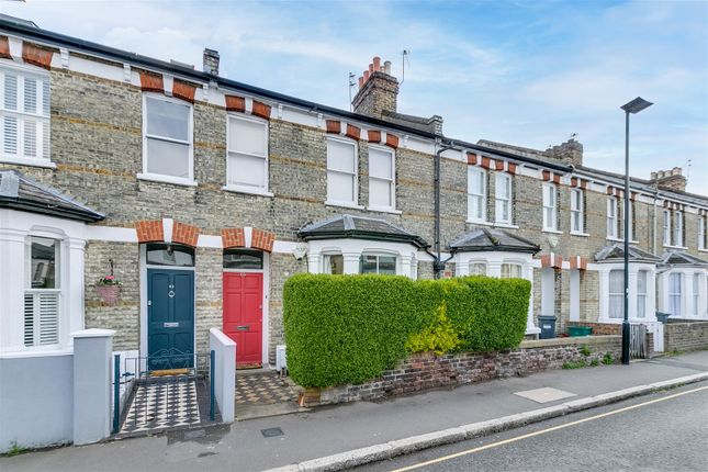 1 bed flat for sale in Devonshire Road, London W4