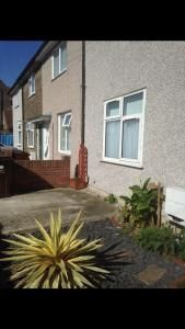 Thumbnail Property to rent in Ford Road, Newham