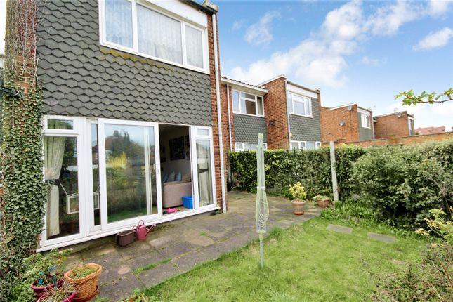 Thumbnail Maisonette for sale in Bellegrove Road, Welling, Kent