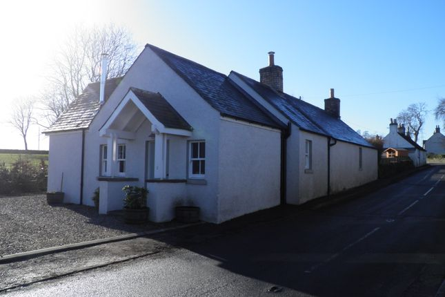 Thumbnail Cottage to rent in Aberlemno, Forfar