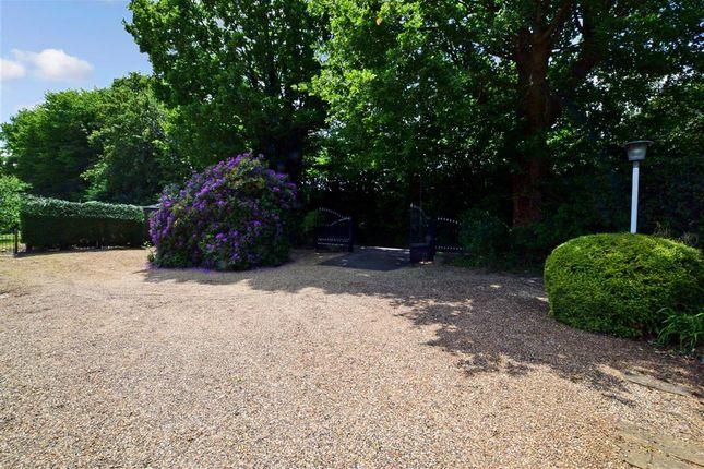 Driveway/Parking of Hodsoll Street, Meopham, Kent TN15