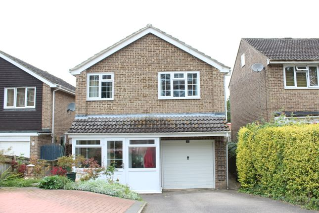 Thumbnail Detached house for sale in Westbrook Close, Hungerford