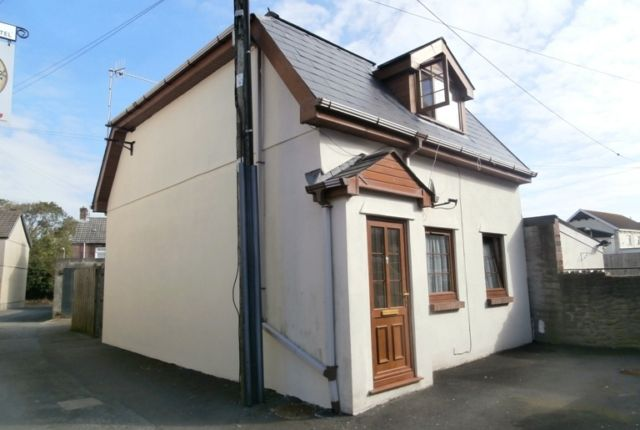 Thumbnail Flat to rent in Bridge Street, Burry Port