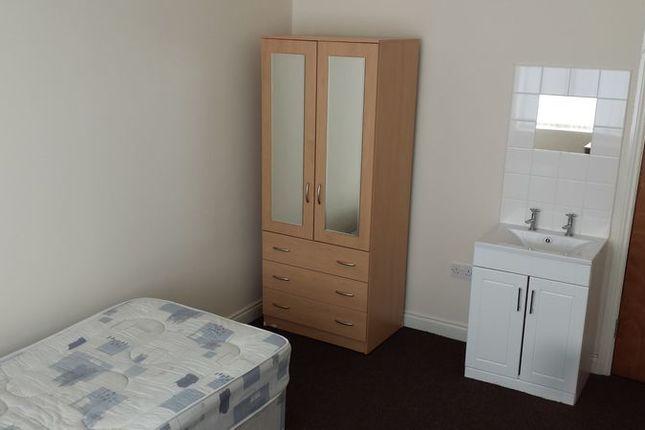 Bedroom 2 of Hearsall Lane, Coventry CV5