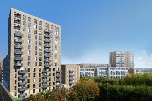Thumbnail Flat to rent in Waterside Heights, 2 Bramwell Way