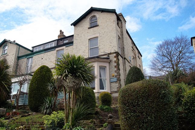 Thumbnail Flat for sale in Valley Road, Scarborough