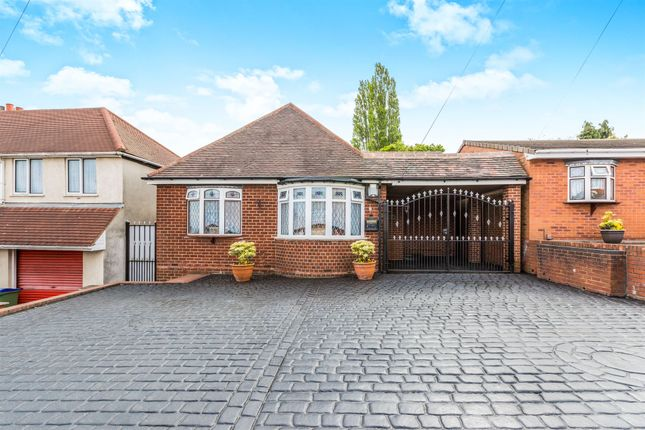 Thumbnail Detached bungalow for sale in Regent Road, Tividale, Oldbury