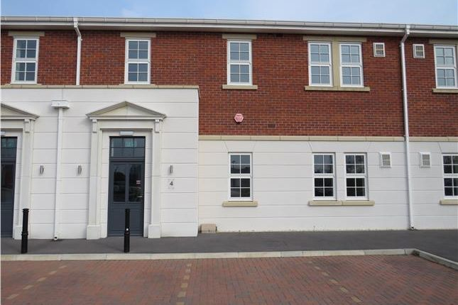 Thumbnail Office to let in Ff, Hewitts Business Park, Altyre Way, Grimsby, North East Lincolnshire