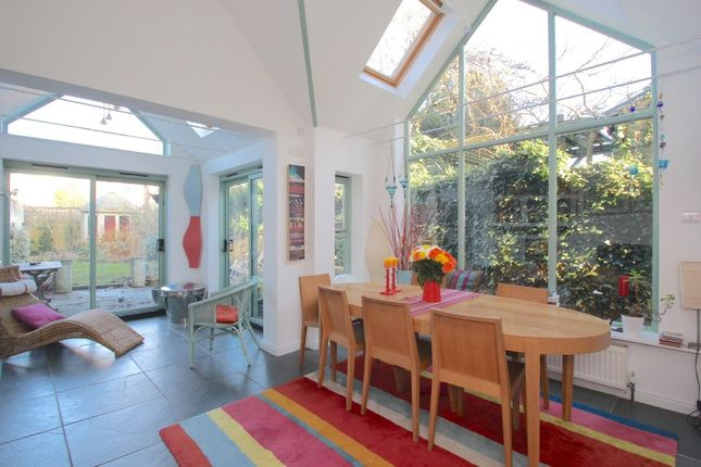 Thumbnail Town house to rent in Thorncliffe Road, Oxford