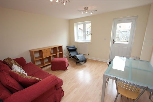 Thumbnail Terraced house to rent in Jamaica Street, London