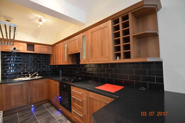 Thumbnail Flat to rent in Budhill Avenue, Budhill, Glasgow
