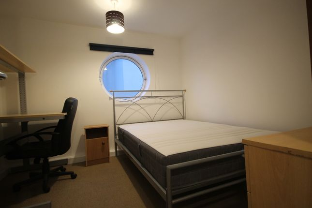 Bedroom Two of Royal Quay, Liverpool L3