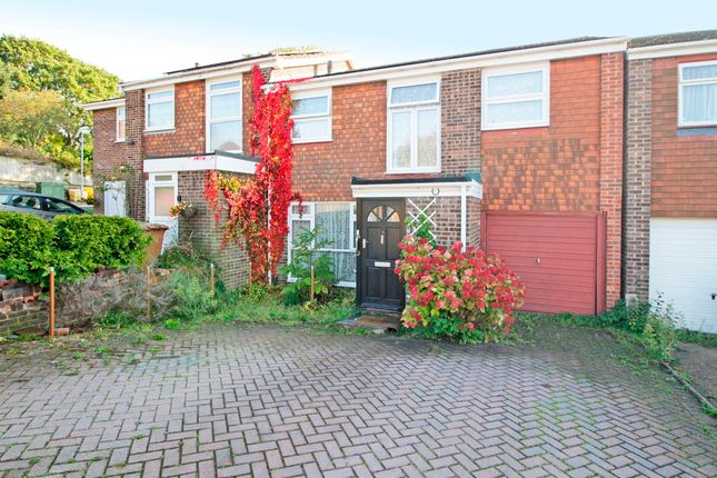 Thumbnail Semi-detached house to rent in Winlaton Road, Bromley