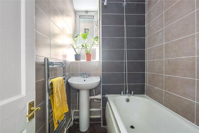 Bathroom of Wheler House, Quaker Street, London E1