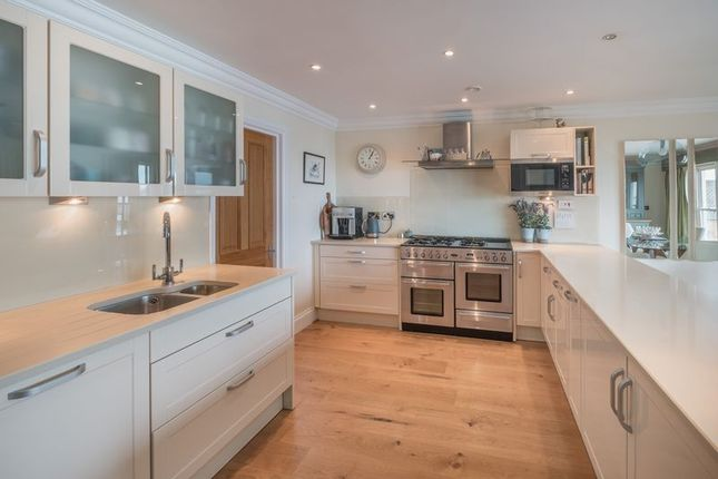 Thumbnail Town house for sale in Castle Road, Cowes