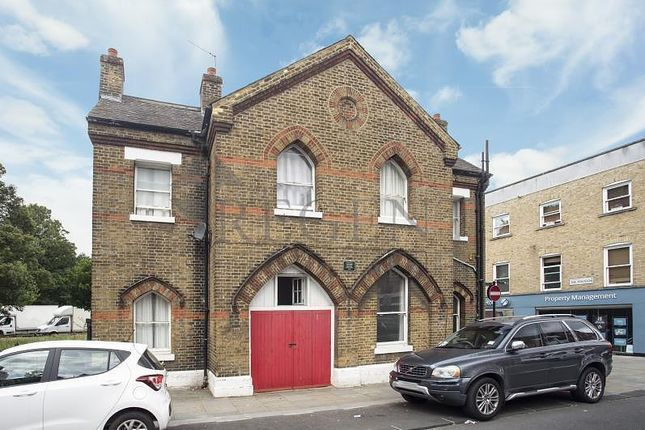 Thumbnail Property to rent in The Lodge, Clapham Old Town