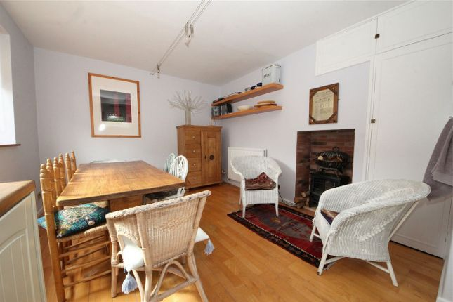 Thumbnail Semi-detached house to rent in Ash Grove, London