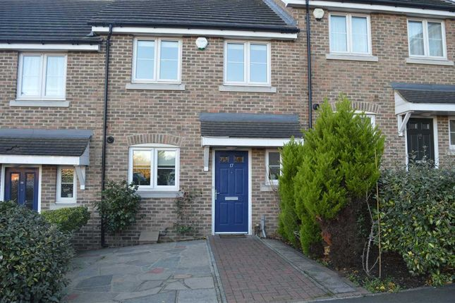 Thumbnail Property for sale in Vaughan Close, Dartford