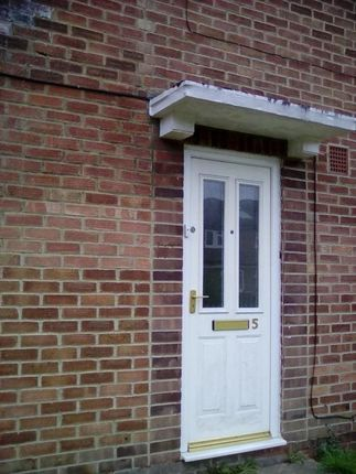 Thumbnail Flat to rent in Marygold Walk, Little Chalfont, Amersham