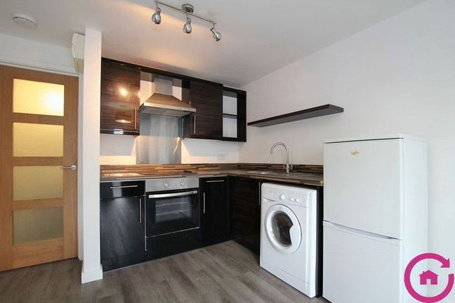 Thumbnail Town house to rent in Bath Road, Cheltenham
