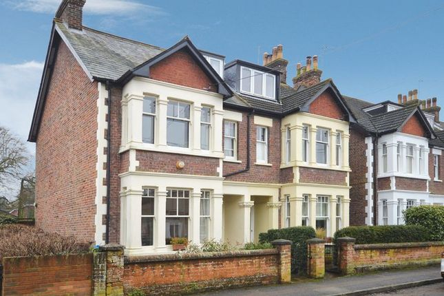 4 bed semi-detached house for sale in Chiltern Road, Wendover, Aylesbury