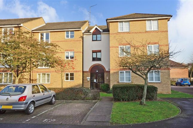 1 bed flat for sale in Beaufort Close, London