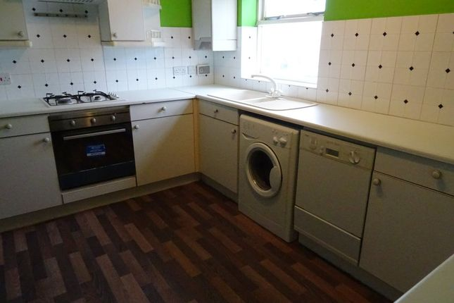 Thumbnail Flat to rent in Belfry Court, Outwood, Wakefield