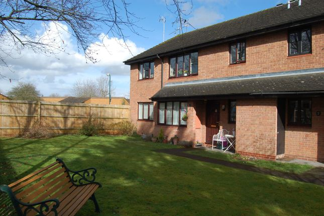 Thumbnail Flat to rent in Gunnings Road, Alcester