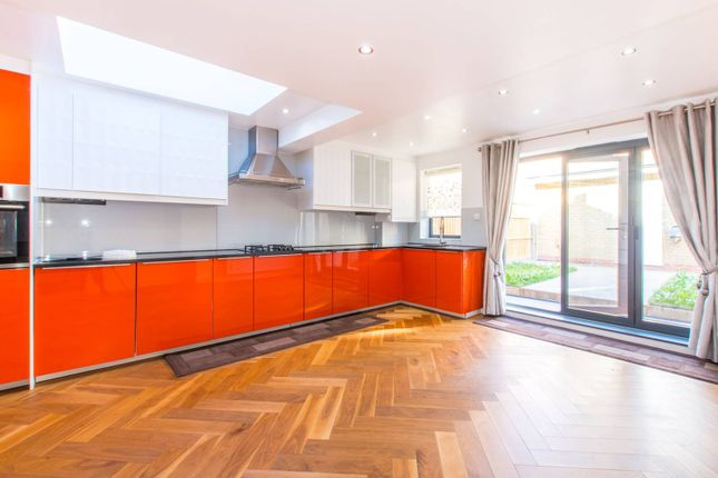 Thumbnail Property to rent in Homecroft Road, Wood Green N22, Wood Green, London,