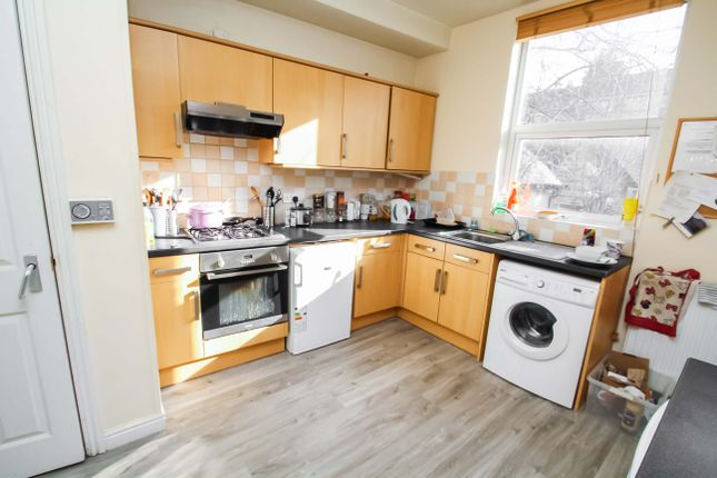 Thumbnail Semi-detached house to rent in Grove Lane, Headingley, Leeds