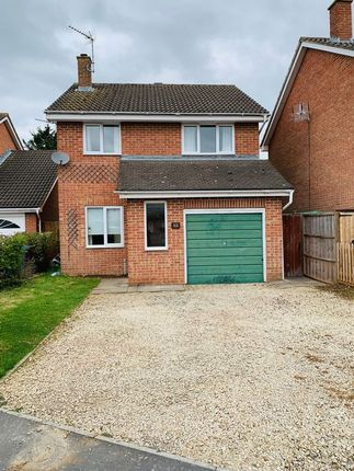 Thumbnail Detached house to rent in Lyneham Road, Bicester