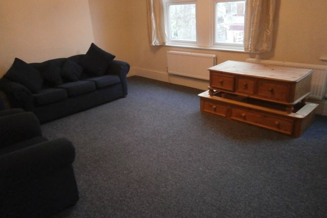 Thumbnail Duplex to rent in Gordon Road The Avenue Area, Ealing