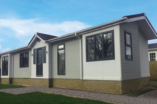 Thumbnail Detached bungalow for sale in Hurn Road, Matchams, Ringwood