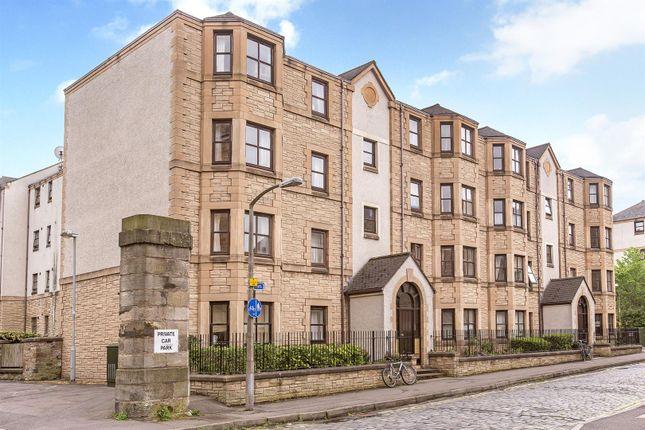Thumbnail Flat for sale in 17/12 St. Leonards Lane, Newington, Edinburgh