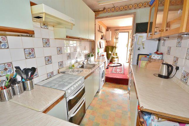 Kitchen of Walden Way, Ilford IG6