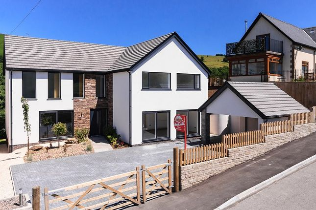 Thumbnail Detached house for sale in Mountain Road, Llangeinor, Bridgend, Mid Glamorgan.