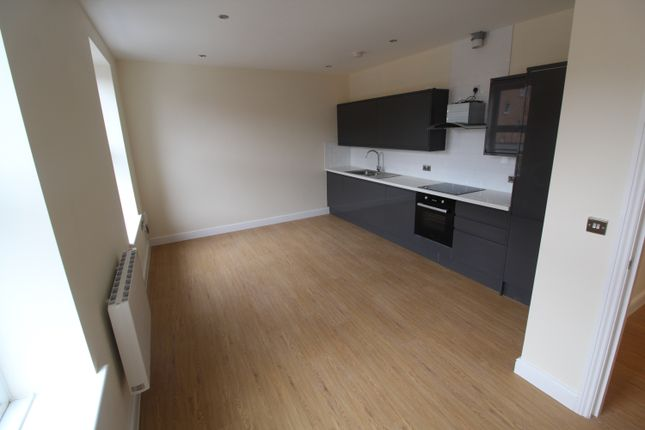 2 bed flat to rent in Carr House, 4 Cox Lane, Ipswich IP4