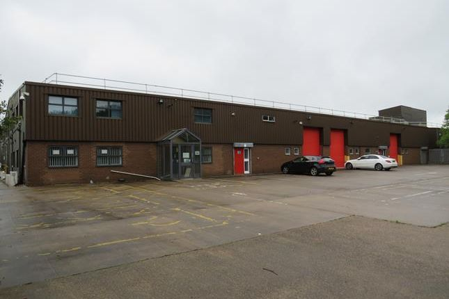 Light industrial to let in Park Farm Road, Foxhills Industrial Estate, Scunthorpe, North Lincolnshire
