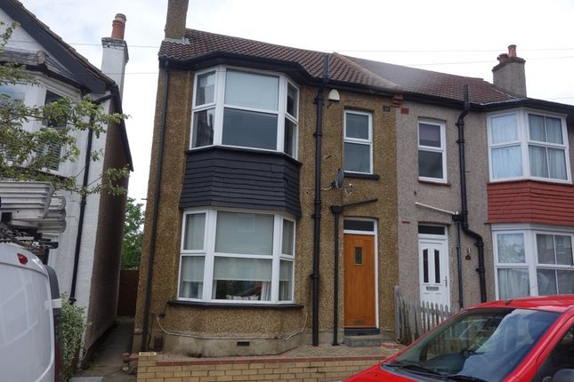 1 bed property to rent in Hampton Road, Worcester Park